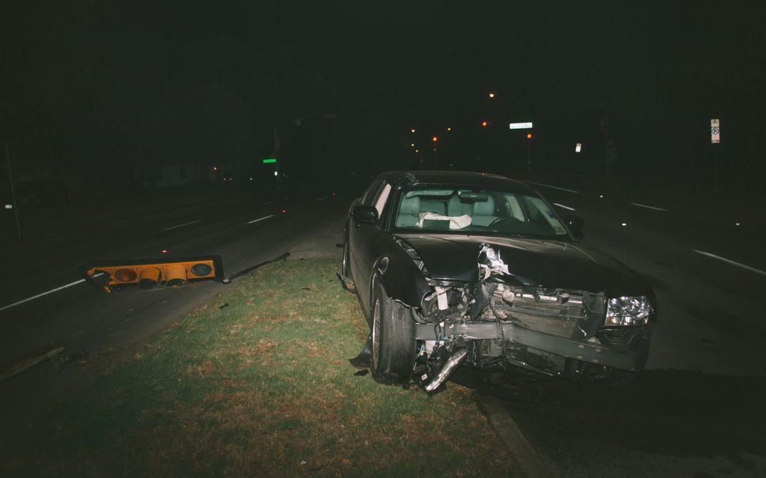 Mi a teendő közúti baleset során?